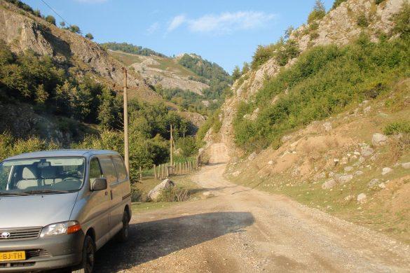 50 kilometer onverhard in Albanië
