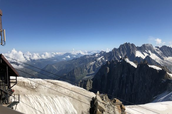 uitzicht vanaf de Aiguille du Midi