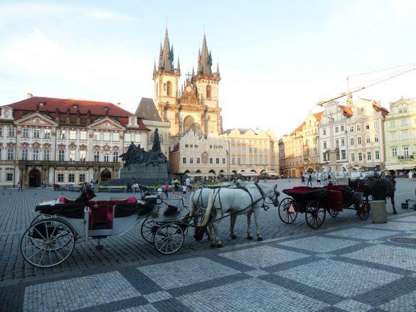 paardenkoetsen centrale plein Praag