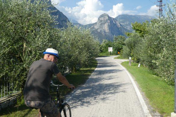 fietspad door de Valle del Sarca