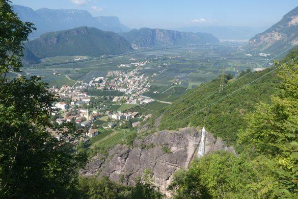 uitzicht op het dal van de Adige