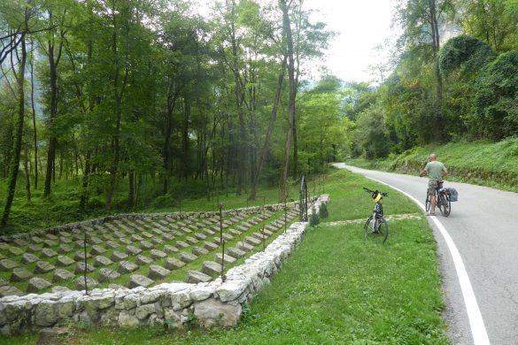 gedenkteken aan de fietsroute langs de Brenta