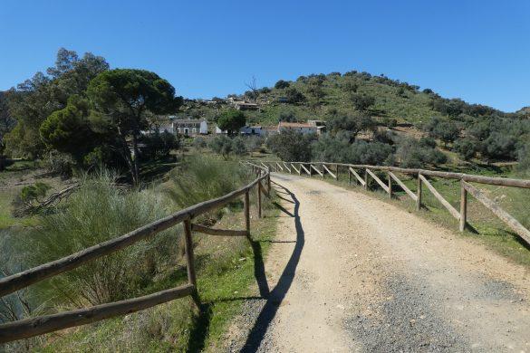 dorpje aan het fietspad van El Ronquillo